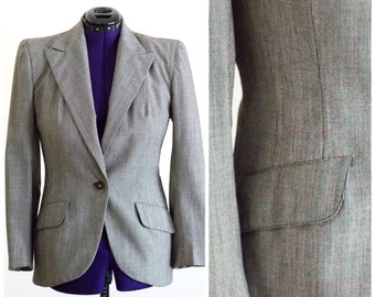 Gray 1940s blazer from James Roxton