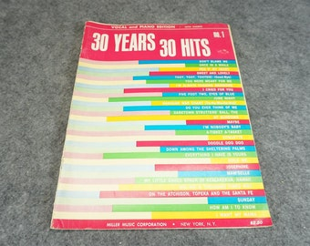 30 Years 30 Hits Vocal and Piano Edition