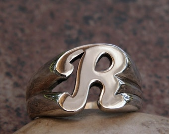 Very Classy Solid Argentium Sterling Silver R Letter Name Initial Ring a True Beauty!