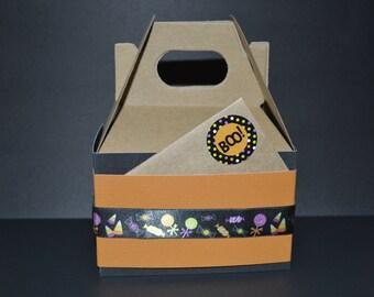 Gift wrap option Halloween gable box
