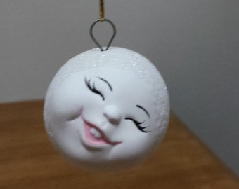 Ceramic Snowball with face - leaning to the side and giving a toothy smile (#85E)