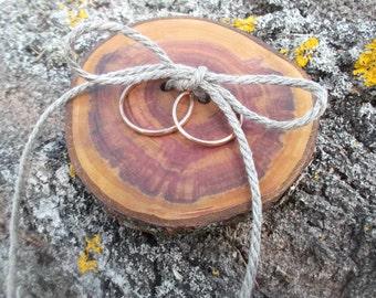 Wood Wedding Ring Bearer Slice, Rustic Wooden Ring Holder, Rustic Ring Bearer Pillow, Wedding Wood Slice, Wedding Decor, Wood Wedding Decor