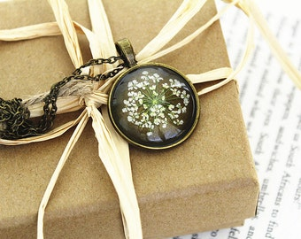Queen Anne's Lace Resin Pendant Necklace - Real flower preserved in resin, Pressed Flower Jewelry, Handmade Necklace    (On Sale)