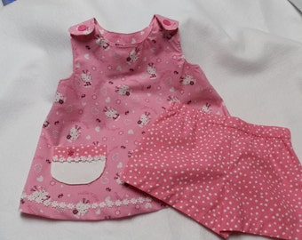 Girl's Hello Kitty Top with shorts
