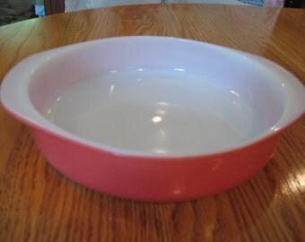 Pyrex Flamingo Pink Baking Dish