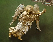 Archangel Gabriel Museum of Modern Art MMA Vintage Collectible Pin 1993