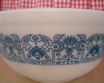 Pyrex Bowl - Horizon Blue 2.5 QT