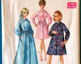 """Vintage housecoat robe sewing pattern - Style 2197 - size Small - 31.5"""" - 32.5"""" bust - 1960's"""
