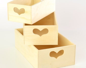 Small Wooden Heart Cut Out Boxes (Set of 3)