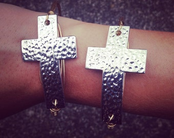 Wire cross bangle