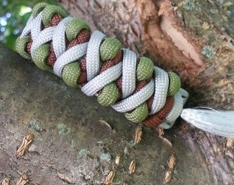Solomon's Fire Paracord Bracelet
