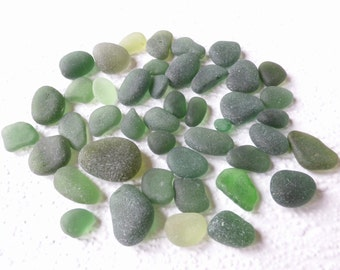 Loose green Seaham seaglass mix- 100g of genuine English sea glass