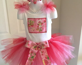 SWeeT STRAWBERRY SHORTCAKE New NWT Boutique Pageant Birthday Party Tutu 3pc. Custom Set All Sizes Girls Tank Bow Casual Wear Theme