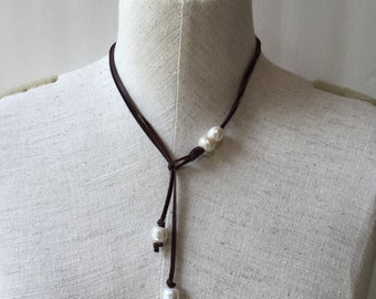 Pearl and leather choker, boho pearl necklace, pearl and leather necklace, beach style necklace, 4 pearl necklace, Y necklace