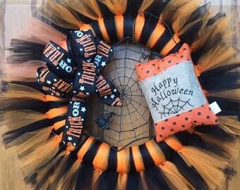 Tulle Halloween Spider Web Wreath