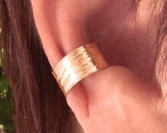ear cuff hand hammered Gold Filled unpierced earrings, non-pierced earrings, ear wrap, earcuff, clip-on earring, comfortable, mid ear