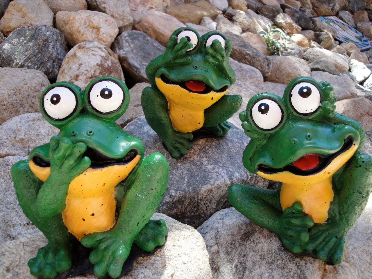 3 cement frog garden statues hand poured by cementarte on etsy for Whimsical garden statues