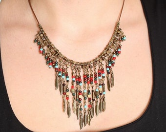 multicolored shabby necklace