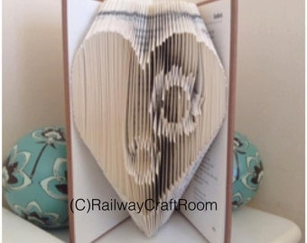 Book folding pattern Gear Heart