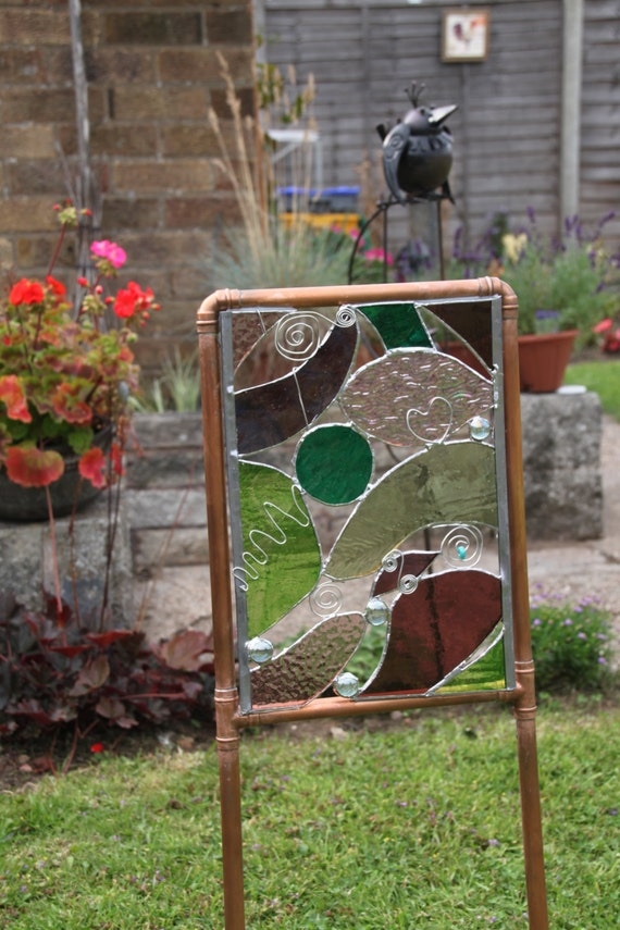 Items similar to Tiffany Style Stained Glass Garden Art ...