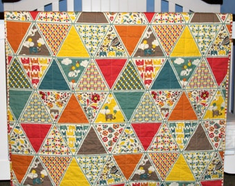 Modern Baby quilt, Rebekah Ginda for Birch Organic Fabrics, Frolic, Frolic Triangles, teal, brown, yellow, nursery decor, baby blanket