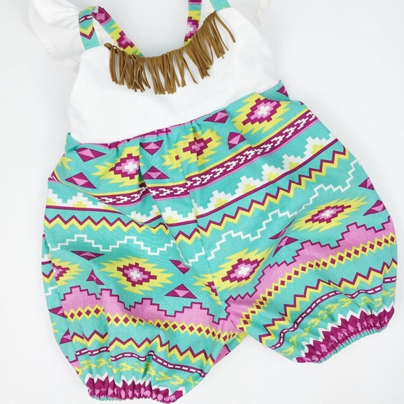 Bohemian Baby Clothing: Unique bohemian style clothing and accessories from BohoBebes! One of a kind baby jewelry, hippie baby bottoms, maxi dresses, summer prairie skirts, boho leggings, gypsy skirts, baby bangles, headbands, and lots of other boho chic clothing fashions for children.