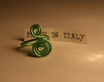 Green Spiral wire ring