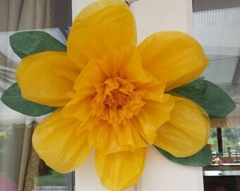 1 Medium 28cm Buttercup Tissue Paper Flower(pom-pom) Wedding/PartyCenterpiece