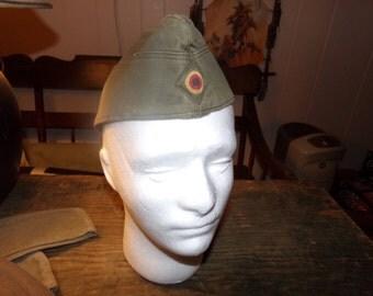 West German Garrison Hat, 1970s with bullseye