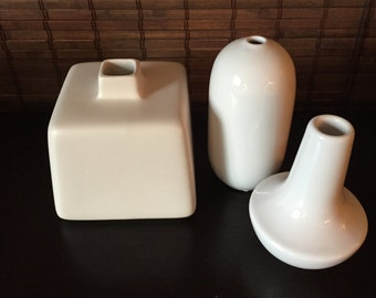Instant collection 3 pretty white vases