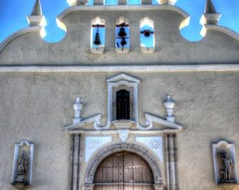 Photograph of a Spanish Colonial Church, Santiago Church, Iglesia de Santiago, Merida, Yucatan, Mexico 201500072