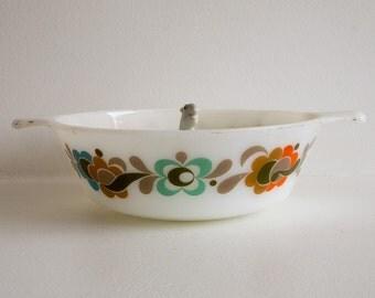 Vintage Pyrex dish