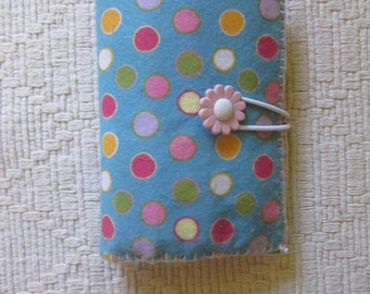 Dot notebook, pen and crayons holder