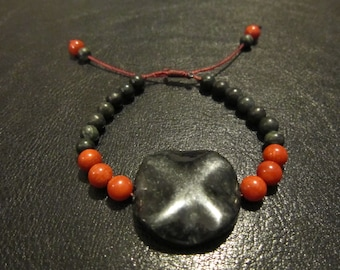 Bamboo coral and Green serpentine Bracelet