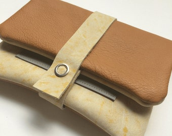 Yellow/camel tobacco pouch