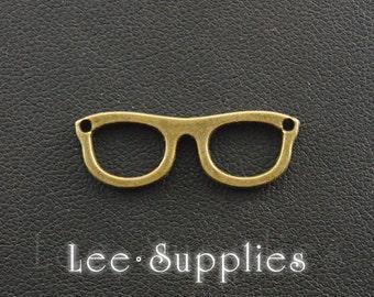 20pcs Antique Silver Bronze Alloy Eye Glasses Charms Pendant A108/A106