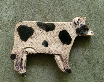 Stoneware cow hand made