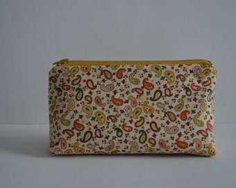 Autumn Paisleys Cosmetic bag