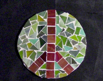 Glass Tile Mosaic Peace Sign Green/Red