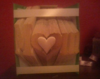 mum with a heart as the 'u' book fold