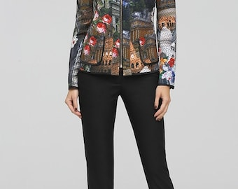 809, Jacket.  Double-sided quilted fabric with exclusive print.