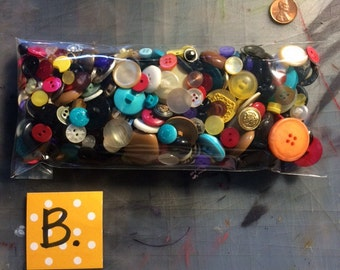 Bag of Buttons - B