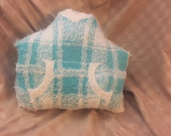 """14"""" x 14"""" Throw Pillow Upcycled from Sweater Green/Aqua & White"""