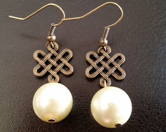 Sale - Pearl Drop Earrings