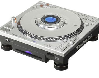Technics SL-DZ1200 digital direct drive turntable * made in Japan *.