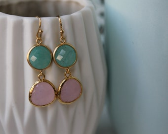 Green & Pink-gold-coloured (gold plated 16 k) earrings with green and pale pink pendant-glass