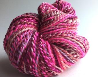 Jolie môme - 2 ply - true worsted hand spun yarn