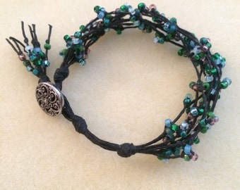 Multi-colored knotted beaded bracelet