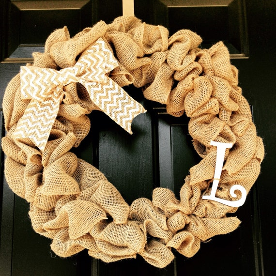 Beautiful and simple burlap and chevron initial
