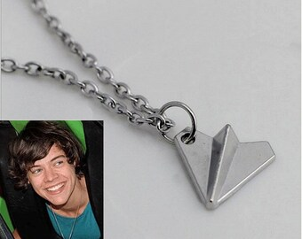 Harry airplane necklace Style